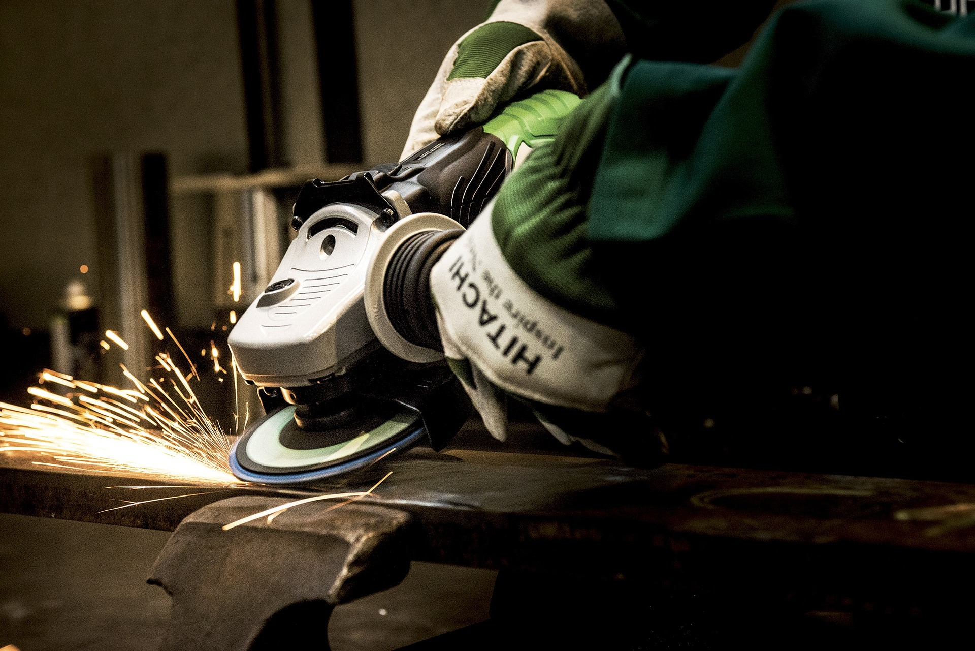 Sharpen Mower Blades With Angle Grinder